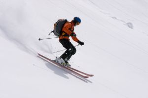ski clothes How to Buy Ski Clothes without Going Bankrupt
